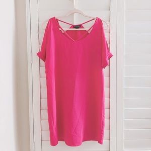 Pink cold shoulder dress with cute details size S